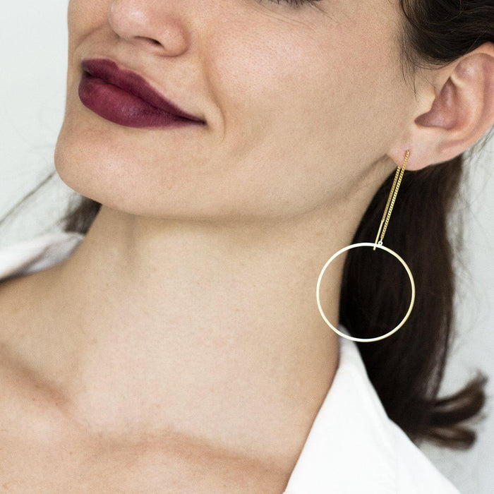 circle-hoop-long-earrings