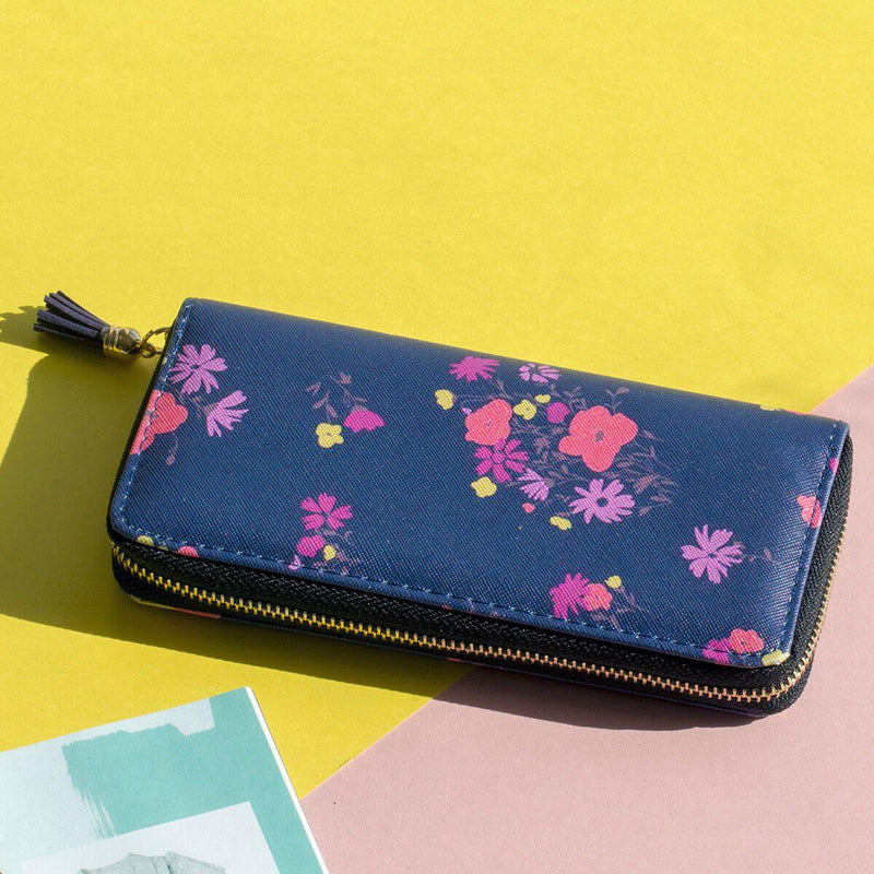 Dainty Flowers Purse