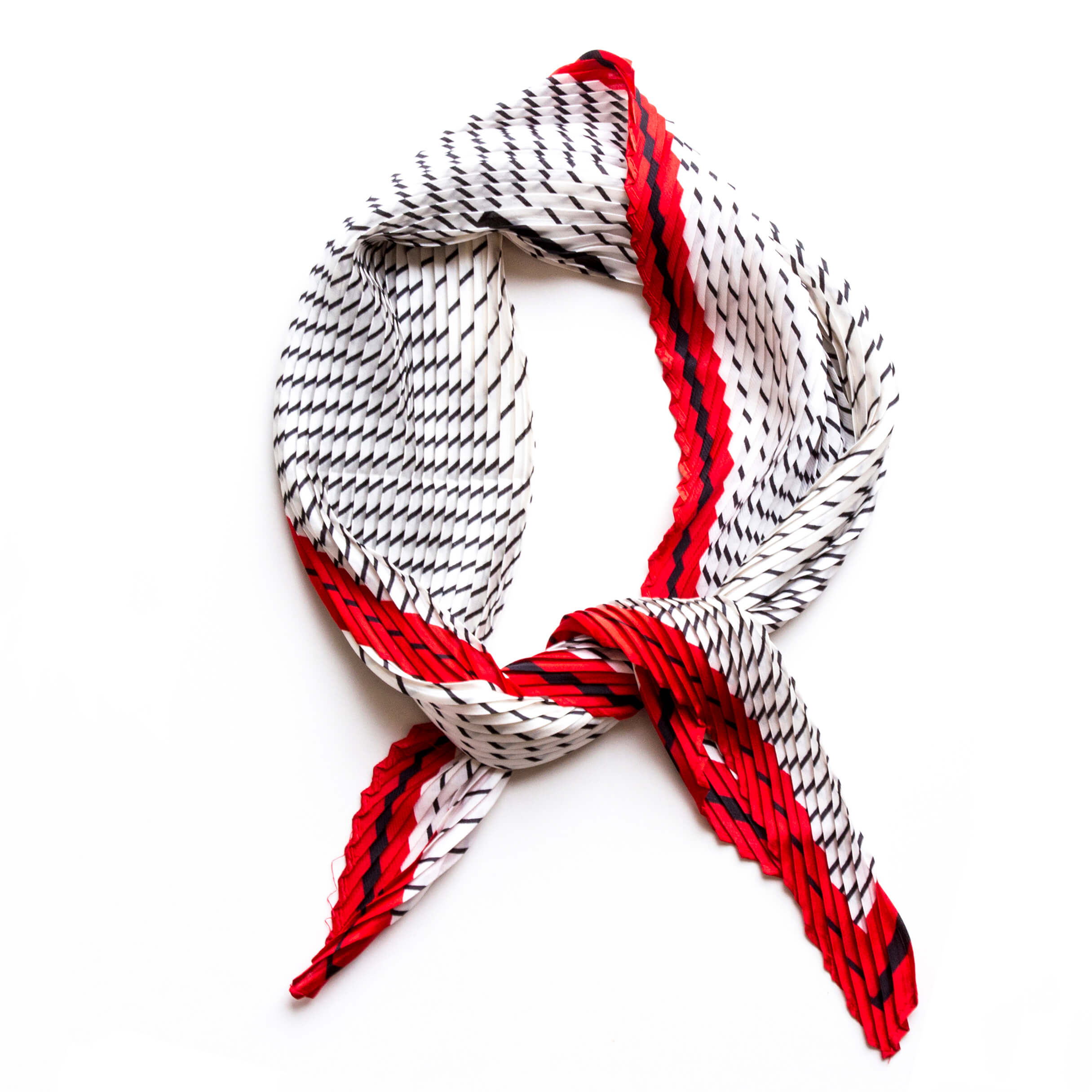 Pleated Minimalist Ripples Scarf with Initial Charm