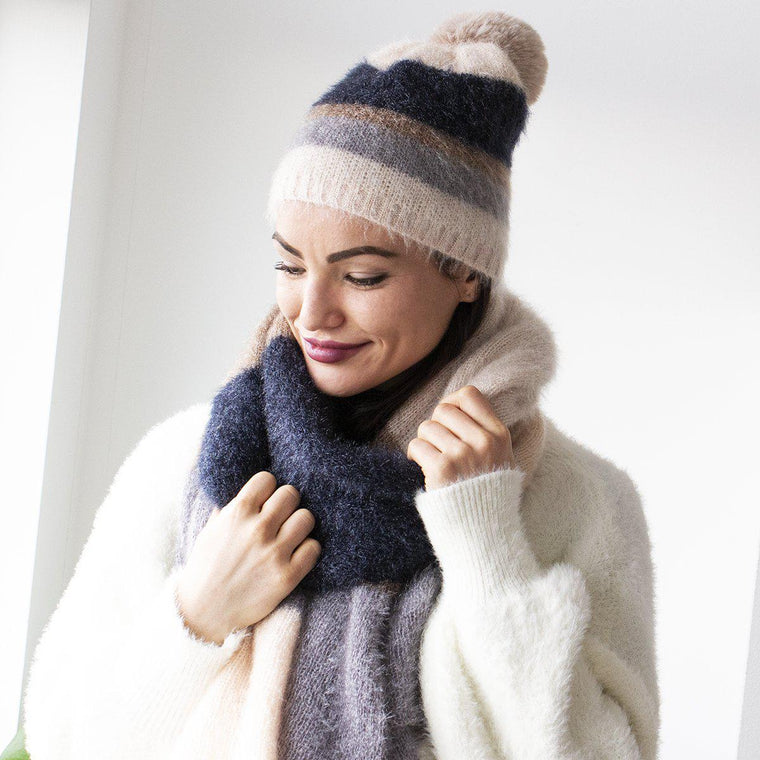 Fluffy Colour Block Stretchy Knit Hat