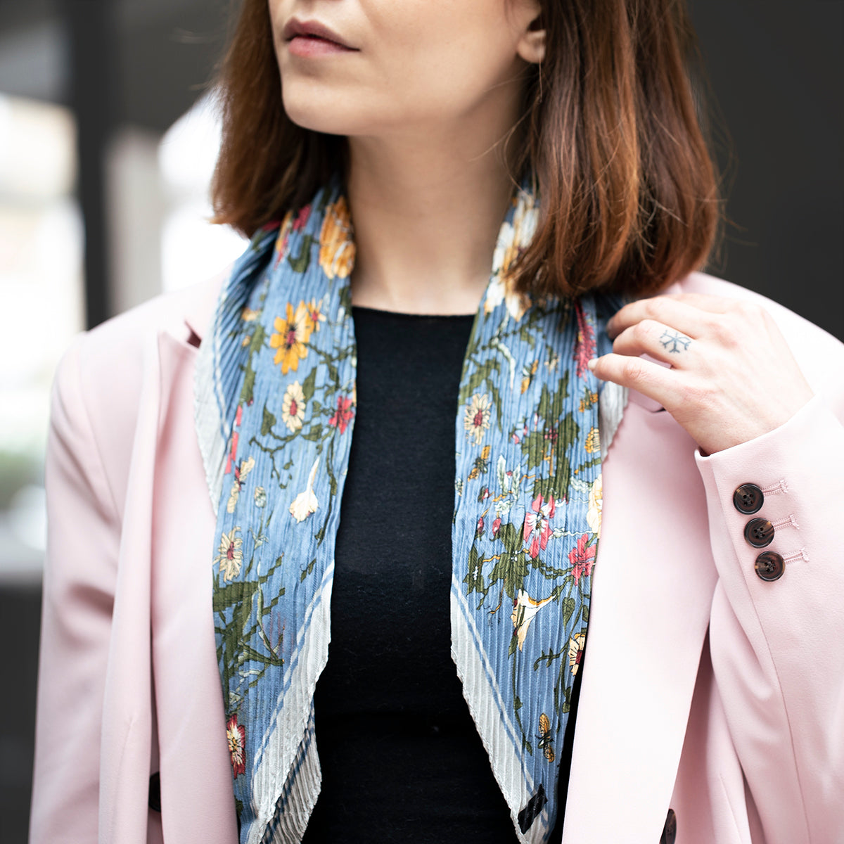 Vintage Florals Pleated Scarf