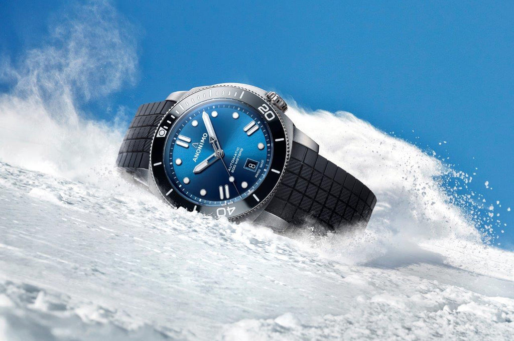 ANONIMO unveils a new special edition NAUTILO 42 mm Nendaz Freeride