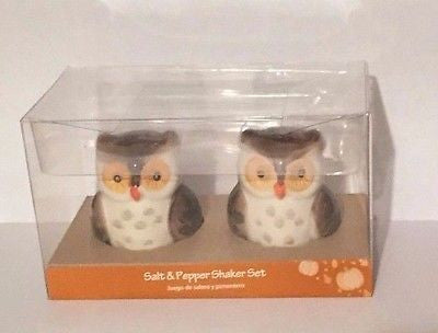 Owl Owls Ceramic Salt and Pepper Shaker Set Woodland