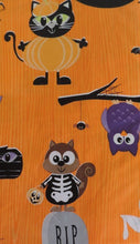 "Cat Owls Animals on Orange Halloween vinyl flannel back tablecloth 52"" Square"