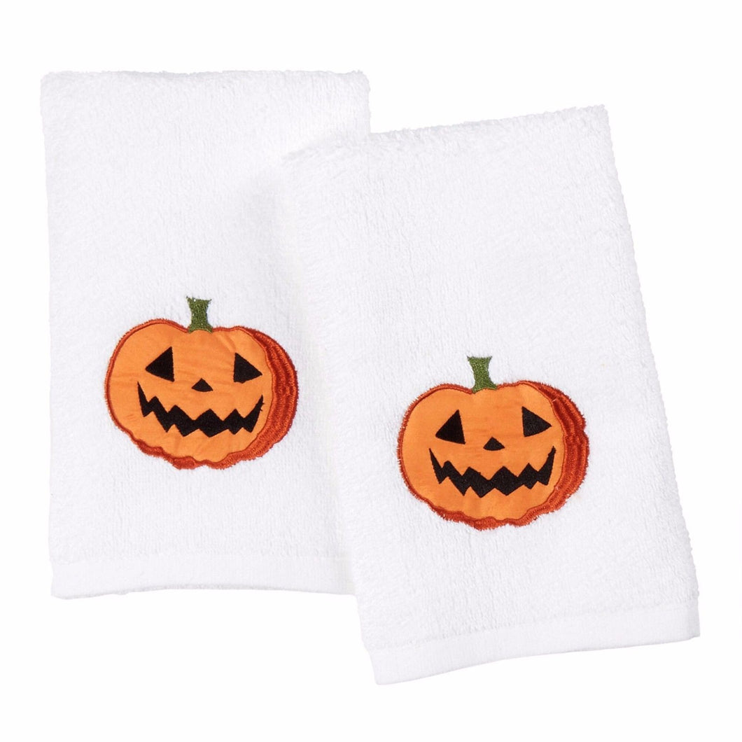 Halloween Tossed Pumpkins Plush Set of 2 Hand Towels