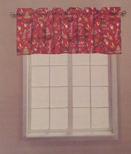 Laurel Park Christmas Typography Valance