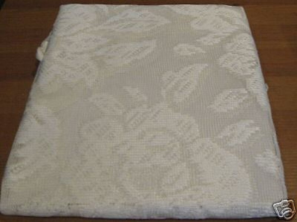 Raleigh Vanilla Dream Off White Floral Lace Scallop Edge Kitchen Curtain Valance