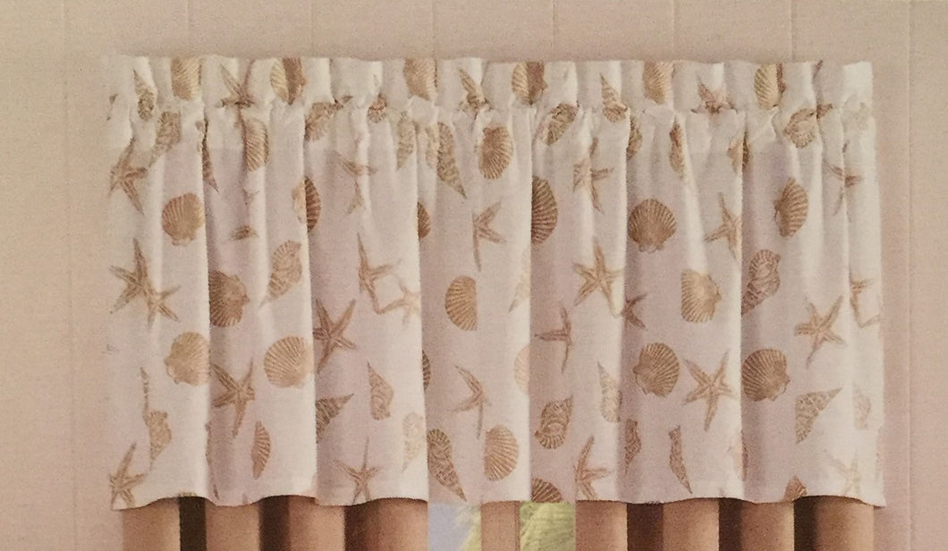 Delora Coastal Sea Life Valance Seashells Beige Nautical