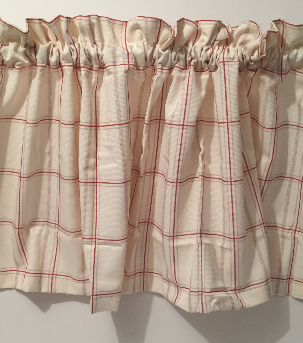 Valance Colormate Red Beige plaid tailored 55W x 15L