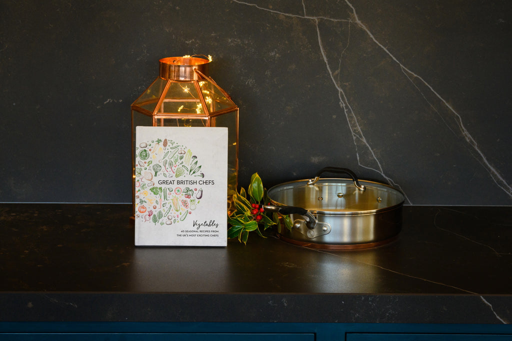 **SPECIAL BUY** Sauté pan and Cookbook Set
