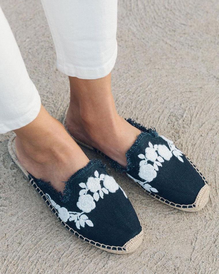 FRAYED FLORAL MULE