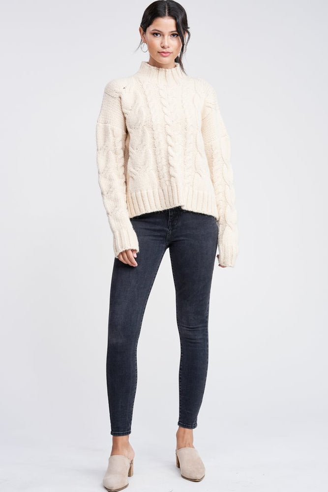 MOCK NECK CABLE KNIT SWEATER CREAM