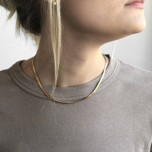 Load image into Gallery viewer, DANI HERRINGBONE NECKLACE