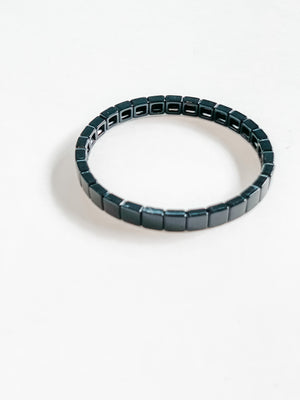 Load image into Gallery viewer, MINI SQUARE BRACELET BLACK
