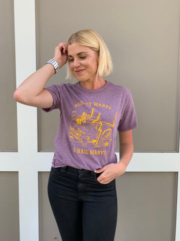 BLOODY MARYS & HAIL MARYS T-SHIRT PURPLE/YELLOW