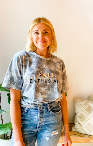 FALL ENTHUSIAST TIE-DYE T-SHIRT