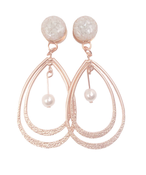 Pearl Crushed Glass with Rotating Teardrop Dangle Plugs