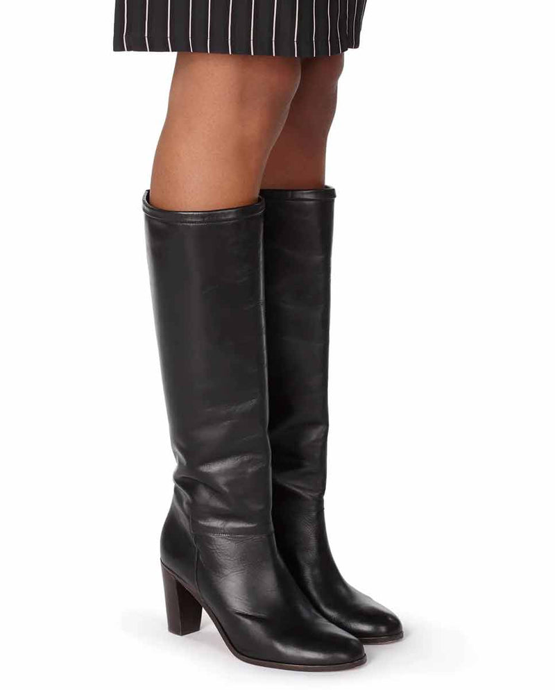APC Marion knee high boots black-Lookbook