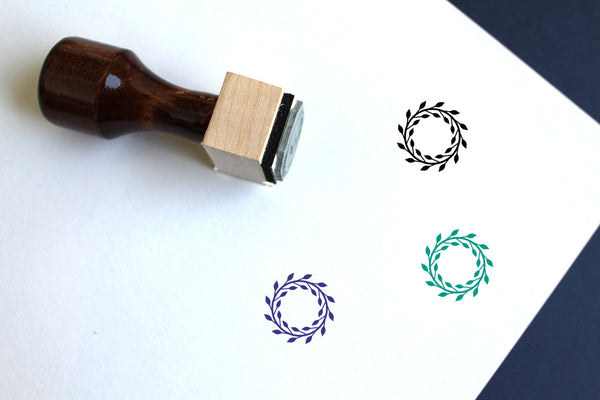 Wreath Wooden Rubber Stamp