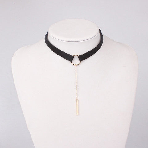 Necklace Gold Plated With Round Pendant Collar