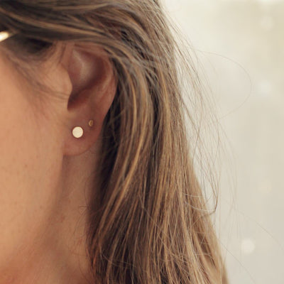 Tiny Gold Dot Circle Stud Earrings