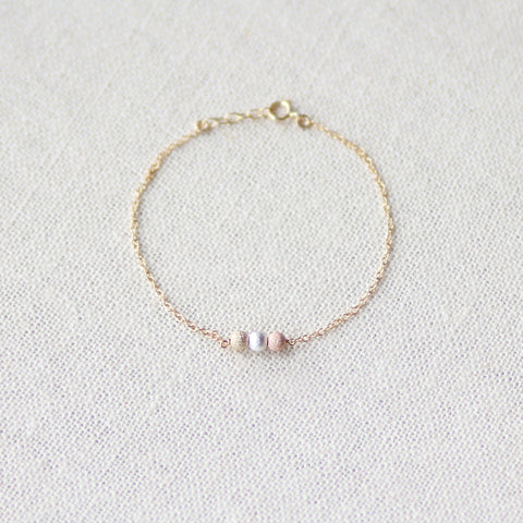 14k gold filled bracelet with tricolored stardust beads - MaeMae Jewelry