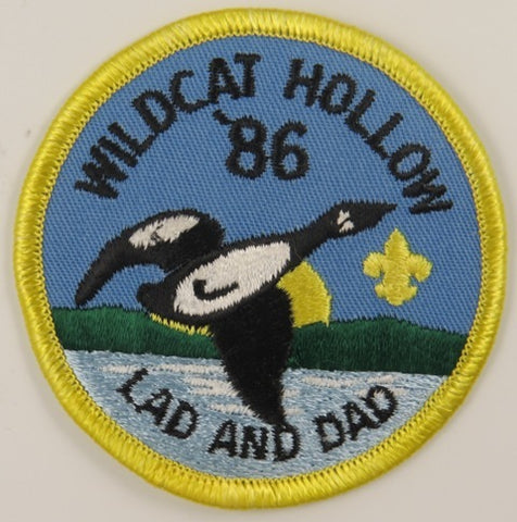 86 Wilcat Hollow LAD And DAD YEL Bdr. [C-859]