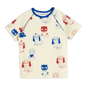 Dog and Cat  Cotton T-Shirt
