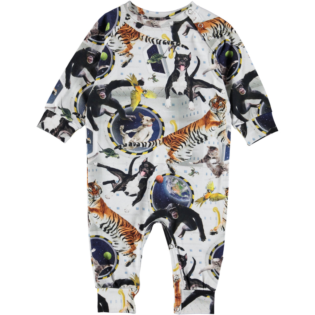 'No Gravity' print on the Fairfax baby romper. It has an easy snap closure at the neck and crotch.