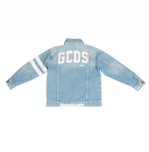 Blue cotton logo-print buttoned denim jacket from GCDS kids featuring a printed logo to the rear, a stripe detail to the side, a classic collar, a front button fastening, long sleeves, button cuffs, front pockets and a straight hem.