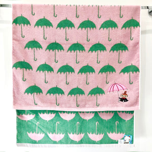 Moomin Umbrella Print Bath Towel 70x40cm
