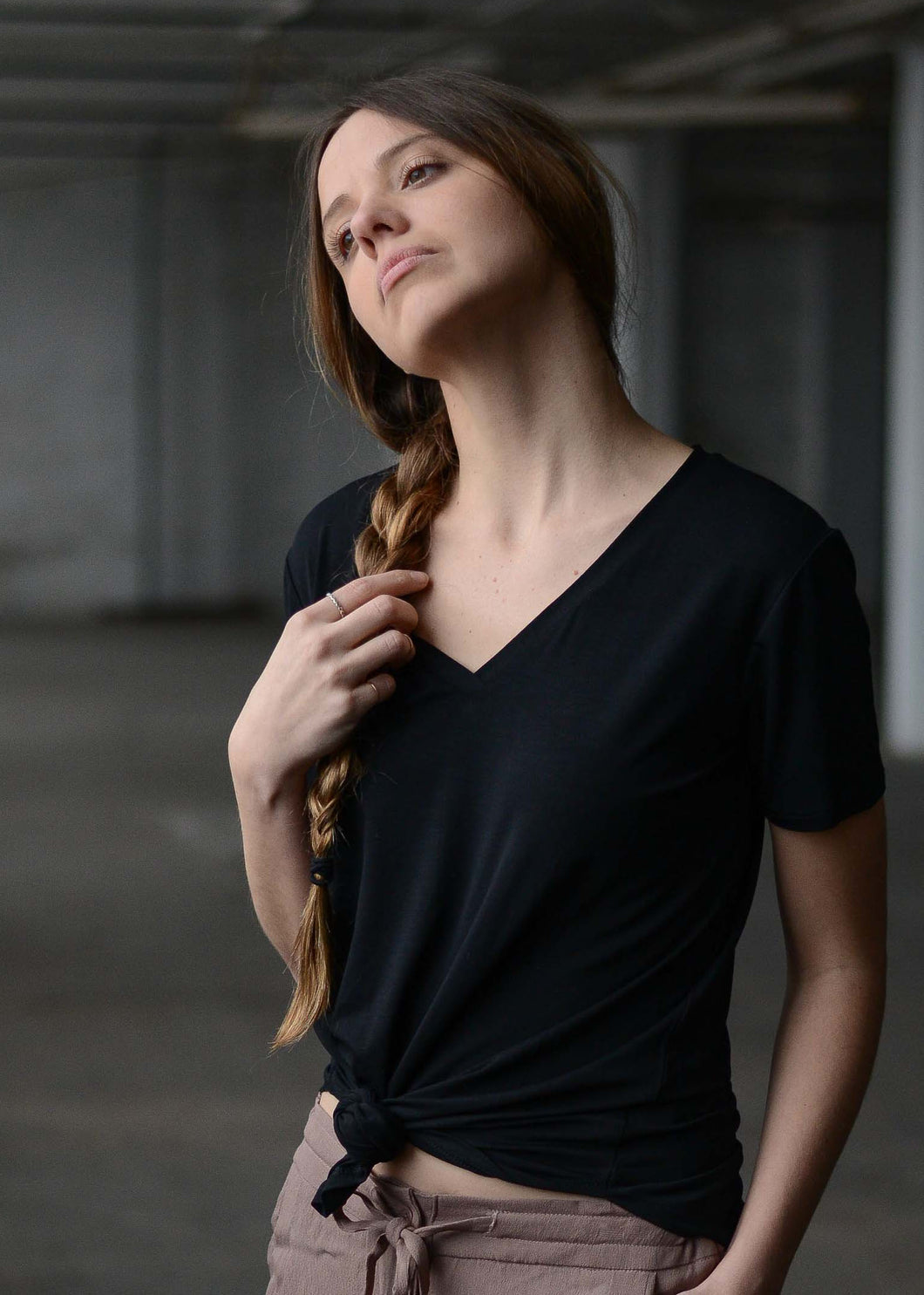 Basic V-Neck Tee in Black