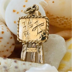 Click for mathematical prowess (1970s Pendant)!