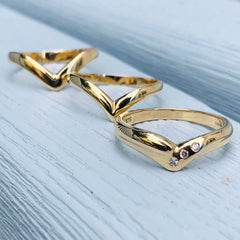 Vintage Jewellery Dazzling Diamond Wishbone Ring
