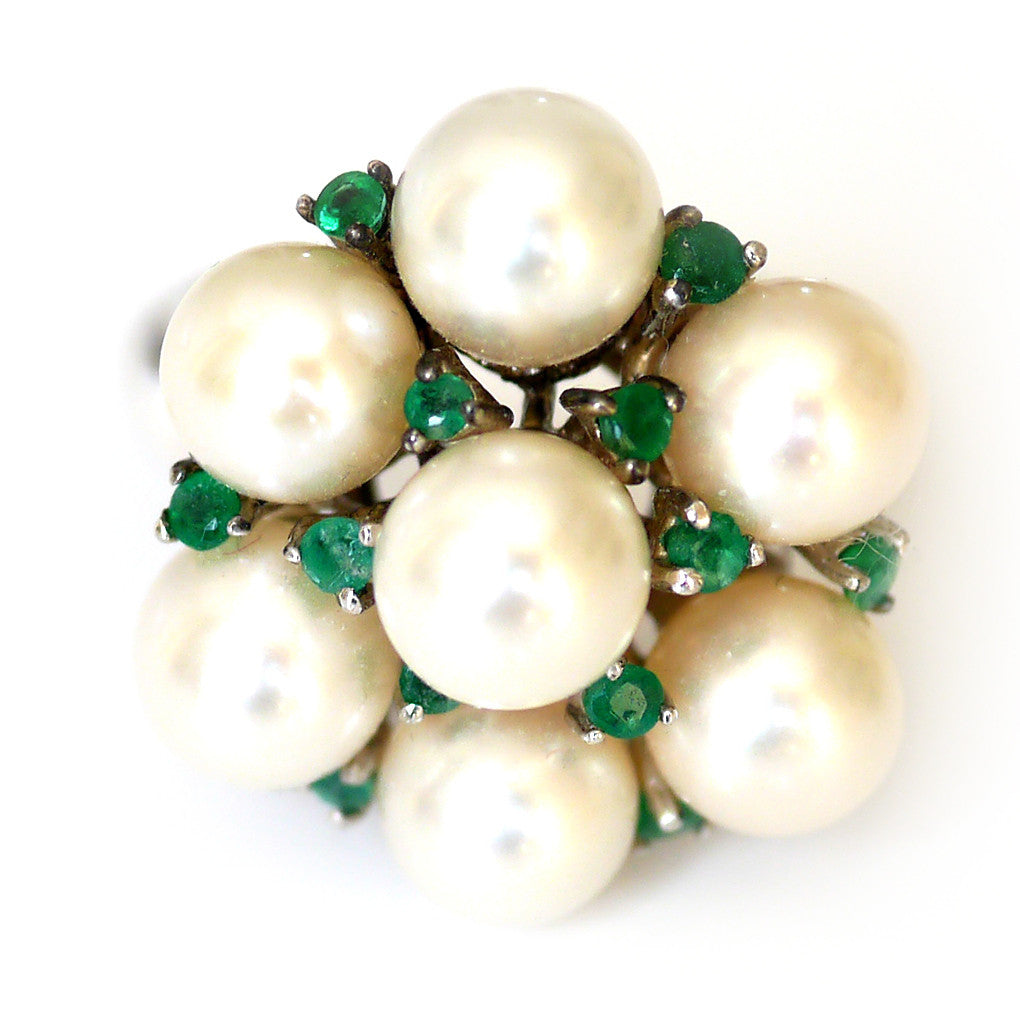 Silver Linings: Elegant Emerald and Pearl Cocktail Ring