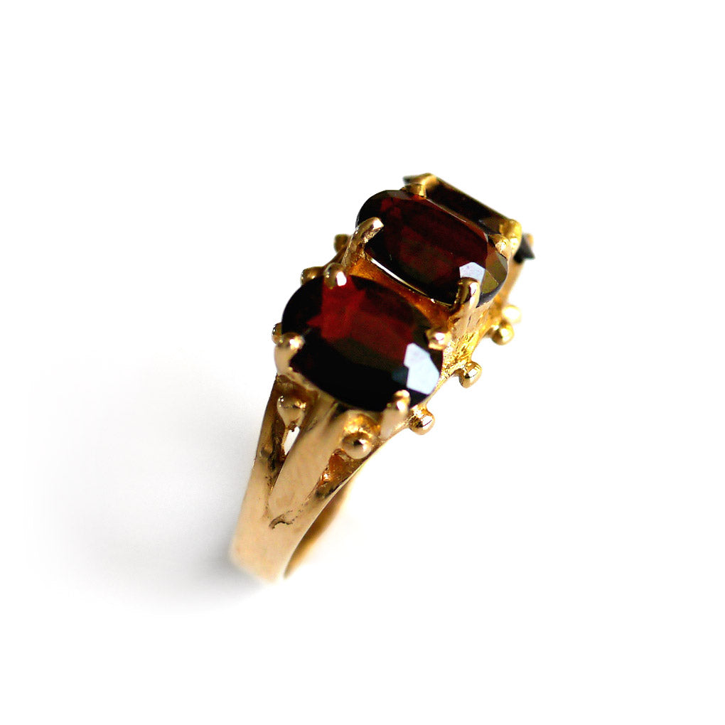 1975 Vintage Garnet Triumvirate Dress Ring