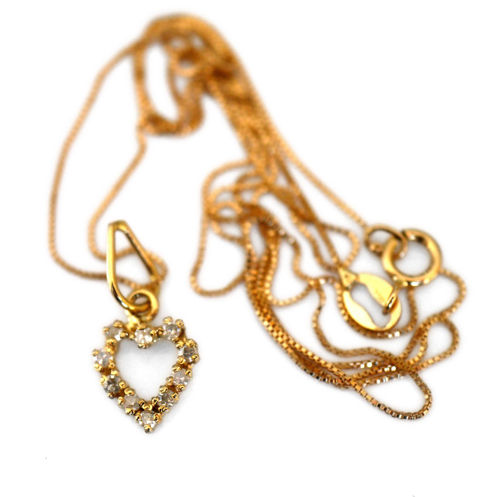 Dazzling Diamond Heart Gold Necklace