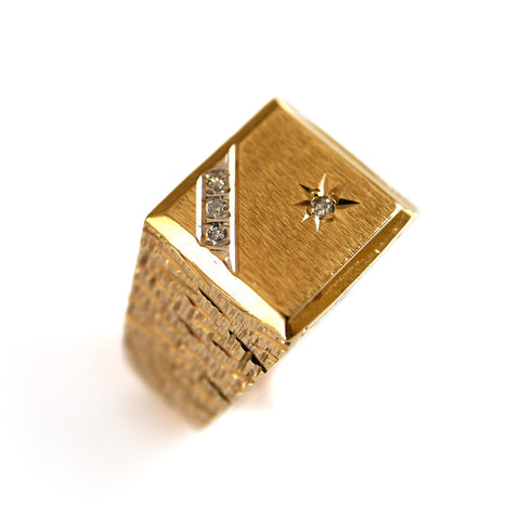 Dazzling Diamond Barked Gold Signet Ring