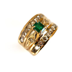 Dazzling Diamond & Emerald Ring