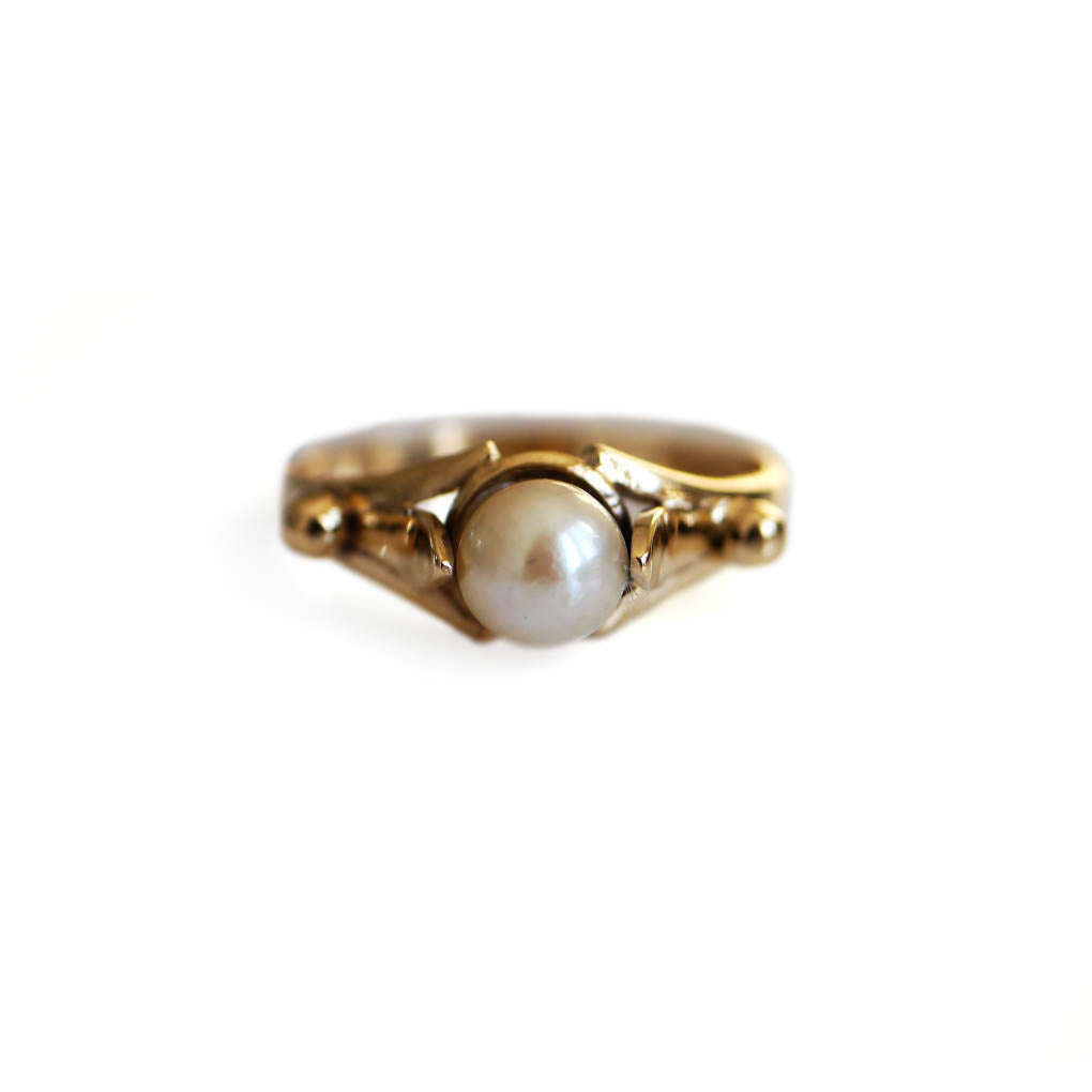 Vintage Pearl Dress Ring 1980s