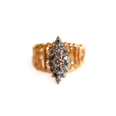 1970s Dazzling Diamond Barked Ring