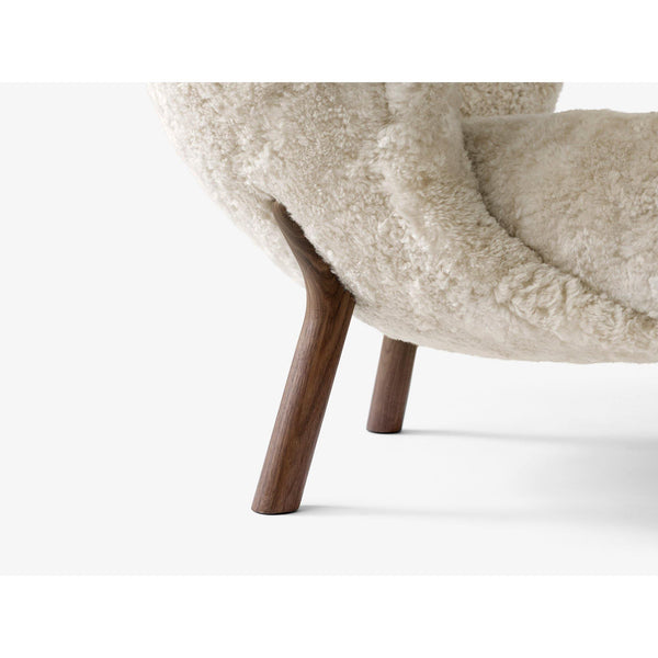 Armchair Little Petra VB1, various sheepskins and wood finishes - Nordic Design Home