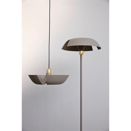 Floor lamp Cycnus, gray beige / brass