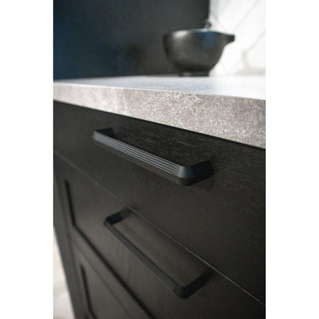 Handle Lines, different finishes - Nordic Design Home