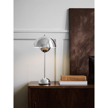 Table lamp Flowerpot VP3, metal finishes, different colors