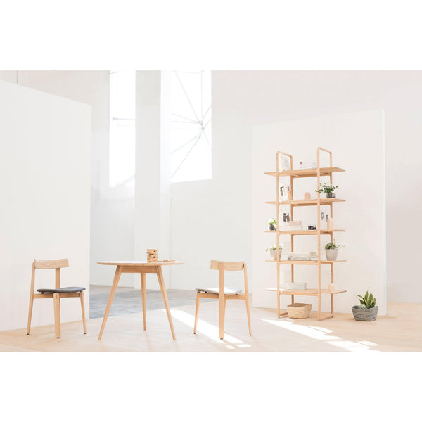 Dining chair with Nora plywood seat, wood finishes