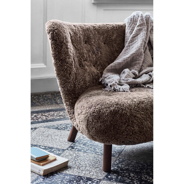 Sofa Little Petra VB2, Moonlight sheepskin, different wood finishes - fast delivery! - Nordic Design Home