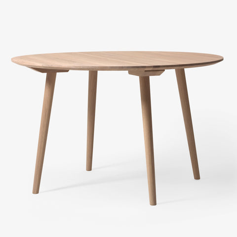Dining table In Between, special sizes Ø90-150cm, different wood finishes