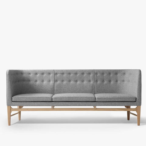Sofa Mayor AJ5, different wood finishes and fabrics - Nordic Design Home