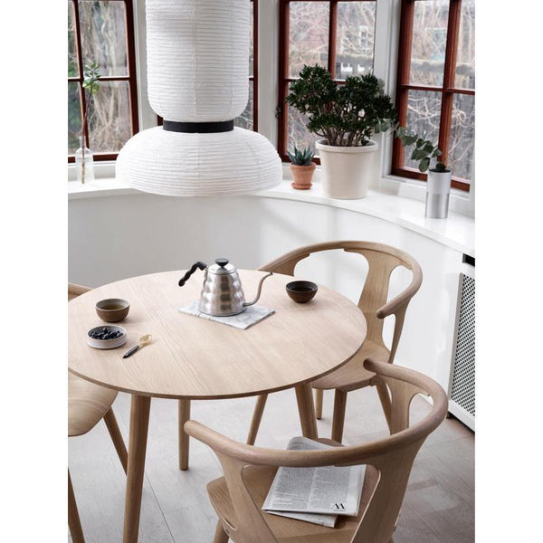 Dining table In Between SK3, different wood finishes, Ø90cm